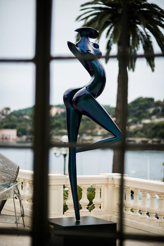 Art 39 night la rotonde de beaulieu sur mer exposition de for Sculpture contemporaine