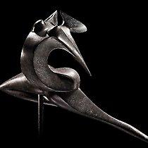 Noa, sculpture contemporaine de Marion Bürkle, bronze patiné 56 cm